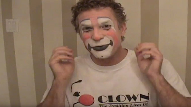 Professional Make-Up Application For Clowns